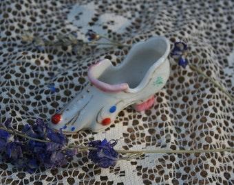 Victorian Vintage Fairytale Cinderella Ceramic Shoe Figurine Pico Occupied Japan White Pink Rust Blue Green Gold