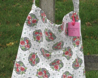 Vintage Messenger Tote with Red Rose Design