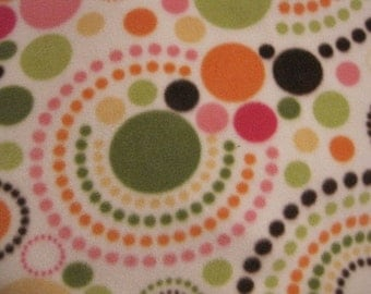 Ready to Ship Now - Dots in Circles on Cream with Green Blanket