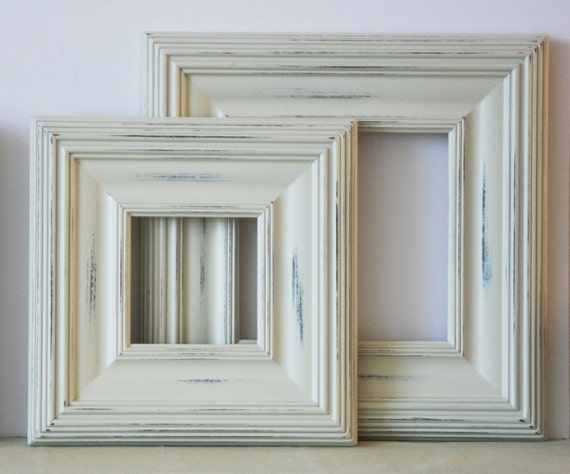 White Wood Frame : 11x14 Distressed Wood Picture Frame / Vintage White on Whistler