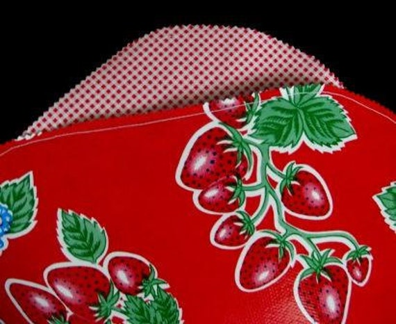 Red Strawberries & Gingham Oilcloth Placemats