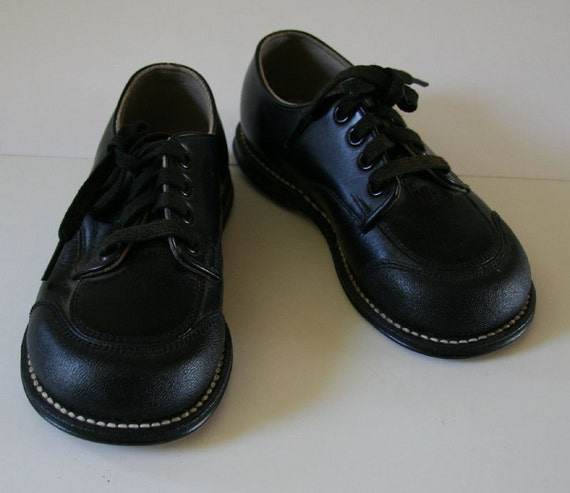 Cute Vintage NOS 1950s Boys SHOES by Weatherbird