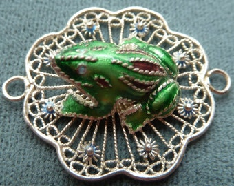 Frog Connector Link - Green Enamel Frog on Sterling Silver Lily Pad  -  30x25mm - Unique Focal Station