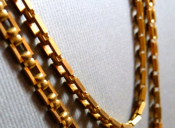 3 Feet Vintage Chain - 4x3mm Rectangular Link - Goldtone - GREAT CHAIN