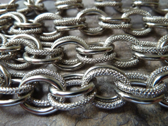 Silver Double Circle Chain - 14x10mm - Textured & Smooth Oval Closed Links - Bright Silvertone Metal -  2 Feet 4 Inches