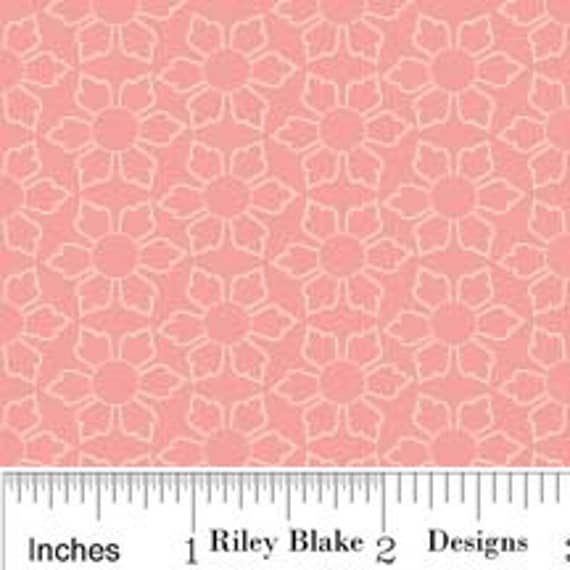 Pink and Cream Daisy Floral Fabric, Delighted by The Quilted Fish for Riley Blake, Daisy Print in Pink, 1 Yard