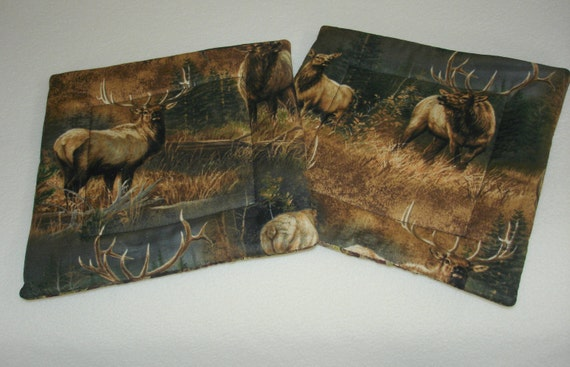 2 Fabric Quilted Pot holders / Hot pads Elk pattern Reversible