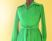 Womens Vintage Clover Green Mini Dress size Small or Medium