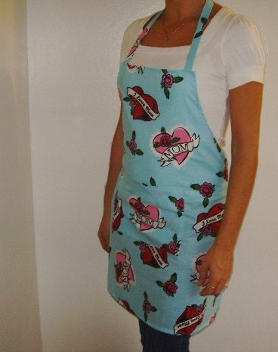 Women's Apron - Hearts for Mom...Love you Mom - Happy Valentine or Mother's Day Fun Apron, Great for cooking, baking, or creating arts and crafts