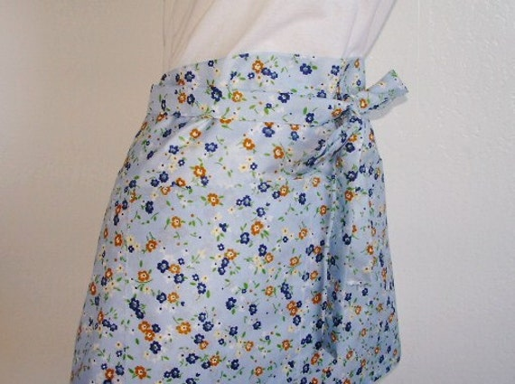 Half Apron - SALE - Powder Blue covered with pretty petite flowers- A great vendor or hostess apron