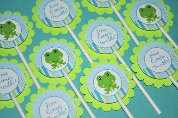 cupcake toppers boys baby shower or birthday frog theme, Baby shower invitation