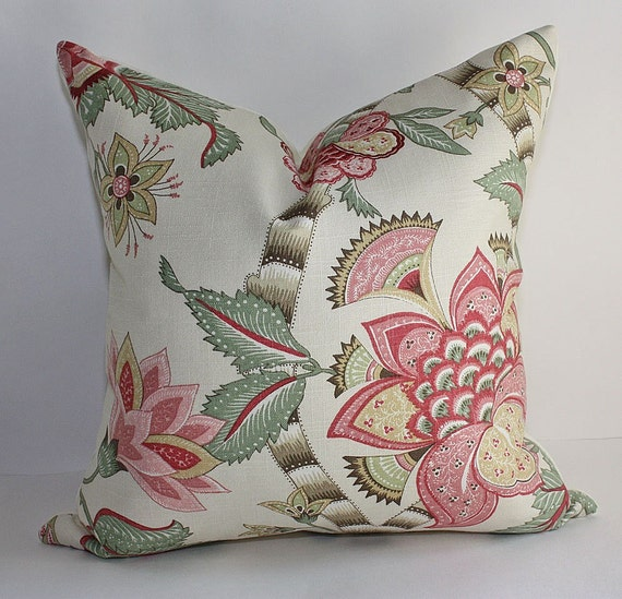 SALE // Bold Floral Pillow Cover / 18x18 / Free Domestic Shipping