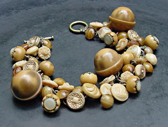 Vintage Button Bracelet Acorn and Caramel Glass