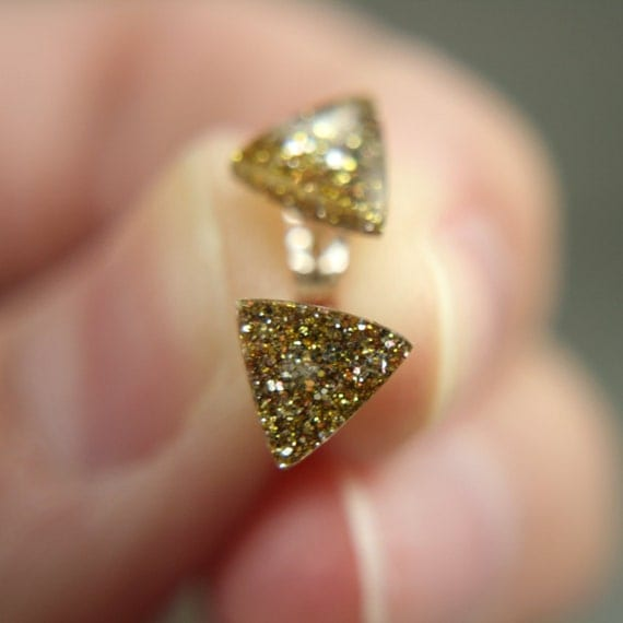 SALE triangle post earrings in sparkly gold