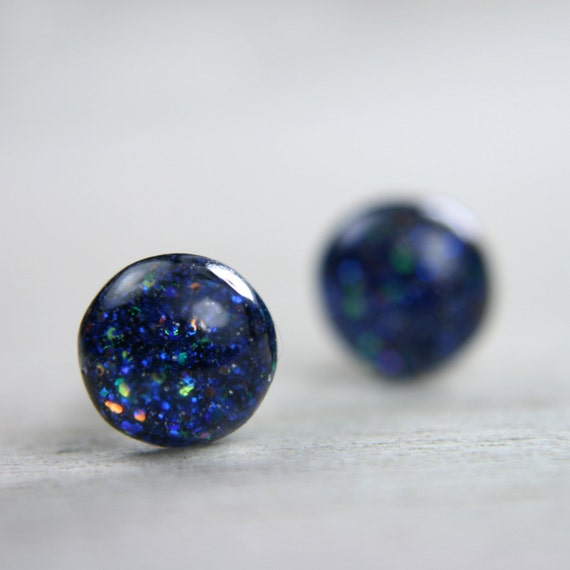 tiny globe earrings in deep blue galaxy - 5mm - sparkly round resin earrings