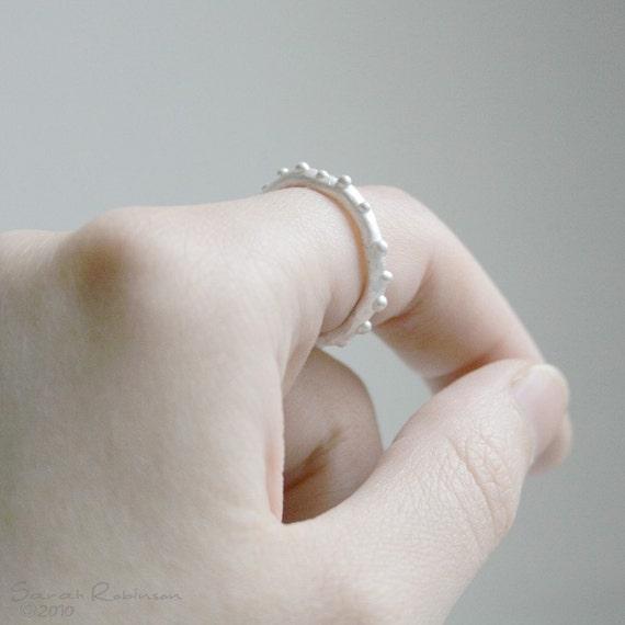 T12 Little Bubbles Organic Ring A0009