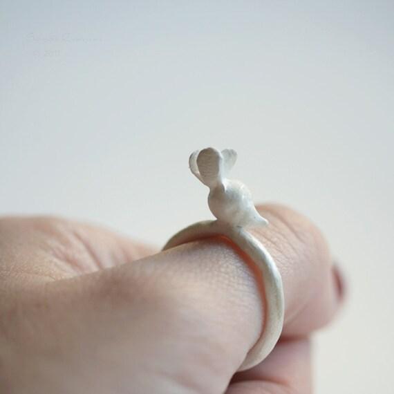 T14 White Radish Ring. Sterling Silver
