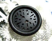 Wooden buttons - 10 pieces of Domed Border Black Wood buttons with Filigree Pierce. 1.38 inch