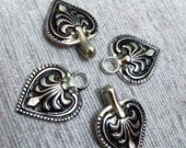 HOOK And EYE Fasteners - Charming Silver Baroque Spade Cloak Clasp Metal Fasteners. 5 Pairs.