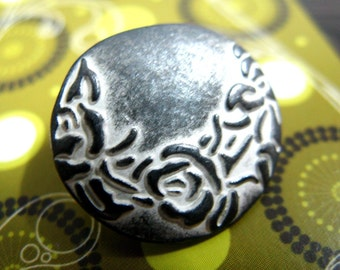 Metal Buttons - Crescent Flower Metal Buttons , Gunmetal White Color , Shank , 0.75 inch , 10 pcs