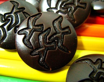 Wooded Buttons - 10 pieces of Luxury Deep Carving Bird Pattern Wooden Buttons, 1 inch.