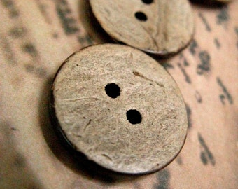 Vintage Style Yellowing Wooden Buttons, 0.71 inch.10 pcs