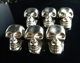 Metal Buttons - Skull Silver Metal Buttons - Large Silver Skull Sculpture Metal Shank Button. 1 inch. 6 in a set