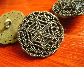 Metal Buttons - Flowery Snowflakes Metal Buttons , Antique Brass Color , Shank , 0.91 inch , 10 pcs