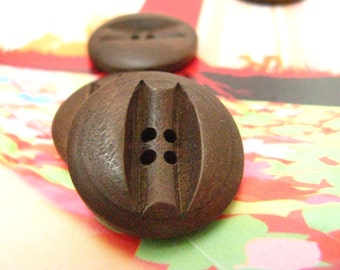 Wooden Buttons - Antique Carving Center Brown Wood Buttons, 0.91 inch (10 in a set)