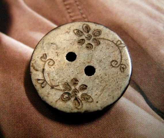 Hand Drawn Style Floret Pattern Coconut Buttons, 0.79 inch, 10 pcs