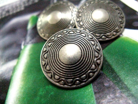 Metal Buttons - 10 Pieces Of Flat Cone Shape Crop Circles Pattern Gunmetal Buttons. 0.59 inch.
