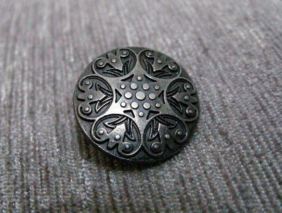 Metal Buttons - Carved Floret Metal Buttons , Nickel Silver Color , Shank , 0.79 inch , 10 pcs