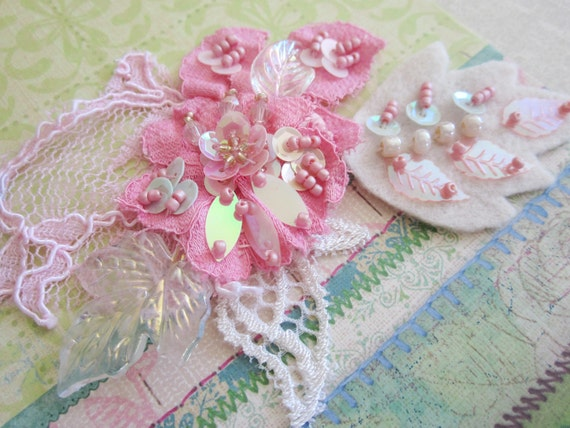 Chicle Pink Lace Applique