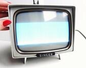 Vintage SINGER Portable Tv Radio - Original Brown Case, Cords - Silverscreen