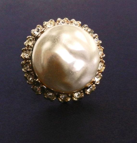Statement Faux Pearl Rhinestone Ring- Vintage Adjustable Costume Jewelry / Oversized Peal