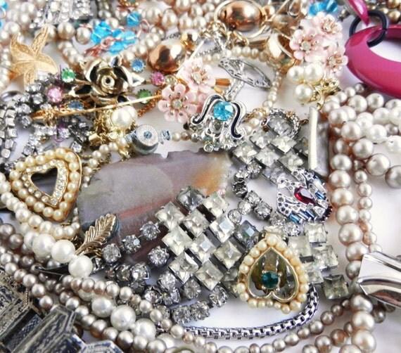 Vintage Broken Jewelry Lot - Destash of Glass Pearls, Rhinestone Jewelry, Earrings... / Crafty