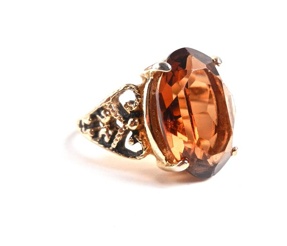 Brown Glass Stone Ring - Vintage Size 7 18 K G.E. Costume Jewelry / Faceted Amber