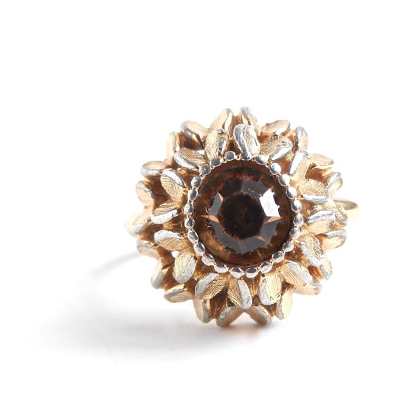 Vintage Brown Stone Ring - Size 7 Gold Tone Avon Flower Ring / Golden Sunflower