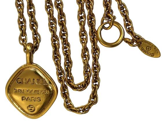 CHANEL 31 Rue Cambon Pendant Rope Chain Necklace