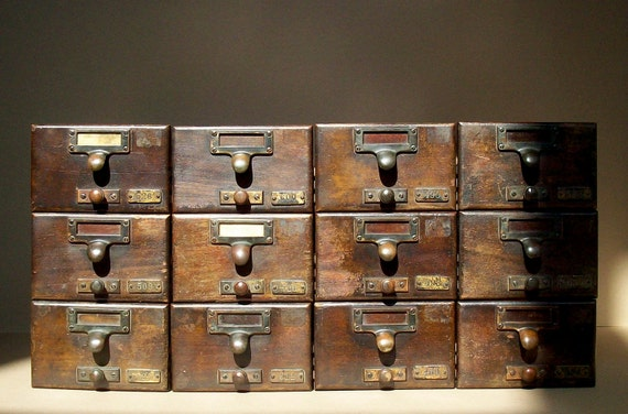 Vintage Library Card Catalogue Drawer with Label Hardware / Wood / Distressed / 1 DRAWER