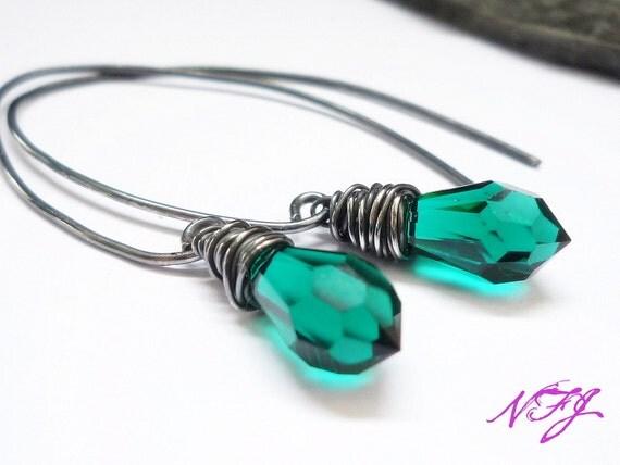 Emerald Green Swarovski Crystal Earrings - Sterling Silver