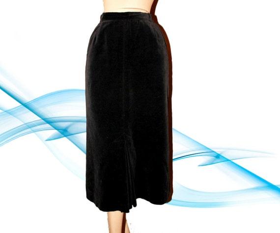 Vintage Evan Picone Designer Long Black Velvet Pencil Skirt