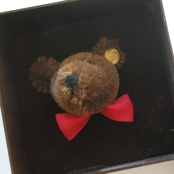 Vintage Steiff Brown Mohair Teddy Bear Button in Ear Brooch Pin in Original Box