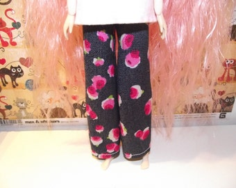 Cute pair dark blue bell bottom jeans with flowers for pullip