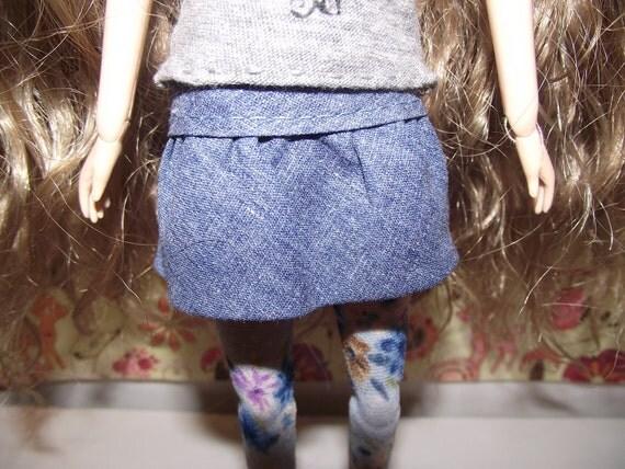 Blue jean like mini skirt with ruffles for Pullip blythe barbie