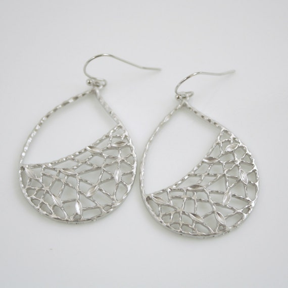 Silver Teardrop Earrings Filigree