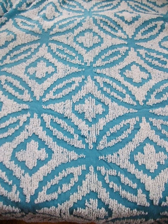 Vintage Blue and White Chenille TWIN Bedspread