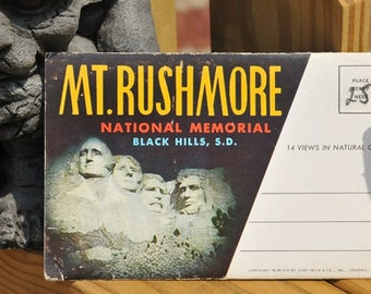 VINTAGE POSTCARD, Mount Rushmore, Package with 14 views