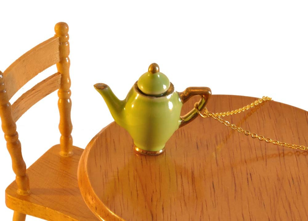 Green Teapot Necklace - Tea Party Favour - Teapot Jewellery