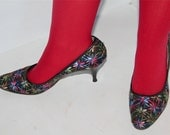 1950s Vintage Mesh and Floral Embroidery Women's Pump Shoes size 6.5